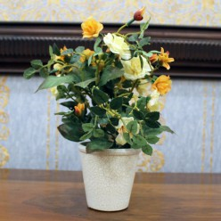 Искуственные желтые розы