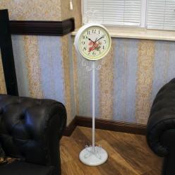 Белые напольные часы двухсторонние -Часы-bakida-qiymeti-almaq-baku