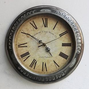 Divar saatı Avropa