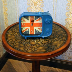 Настольные часы с флагом Великобритании