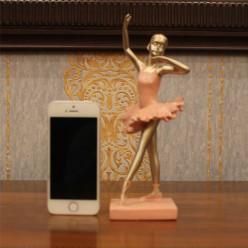 Балерина танцующая