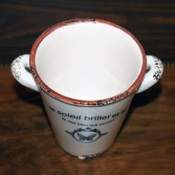 Декоративный горшок цветочный белого цвета