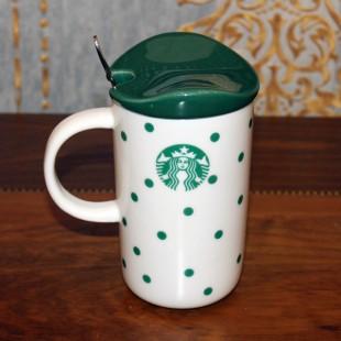 Большая чашка с зеленным логотипом Starbucks